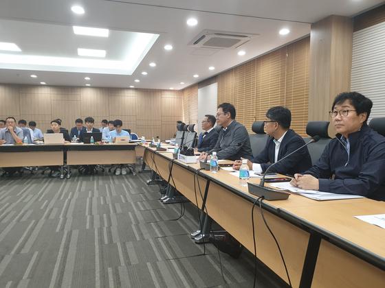 박남춘 인천시장은 1일 인천시청에서 열린 기자간담회에서 인천 붉은 수돗물 사태에 대한 재발방지대책 등을 발표했다. 심석용 기자