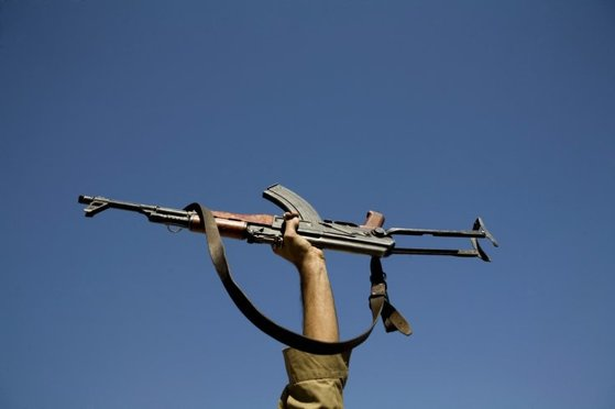 2013년 6월 히말라야 낭가파르바트 베이스캠프를 덮친 무장괴한들은 AK 소총으로 등반가 11명을 사살했다. 이처럼 AK-47과 그 후예들은 게릴라뿐만 아니라 범죄좌의 무기로 쓰였다. [중앙포토]