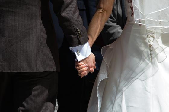 결혼 35주년을 맞아 딸이 리마인드 웨딩을 올려주기로 계획했었다. 가족 모두 드레스를 맞춰 입고 멋지게 사진 한 번 찍어 보자고 했었다. [사진 pixabay]