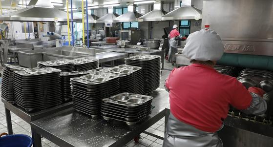 학교비정규직 내일 총파업…전국 초·중·고 급식 대란 오나