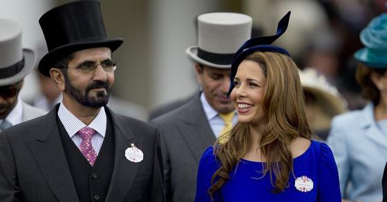 아랍에미리트(UAE) 두바이 통치자인 셰이카 무함마드 빈 라시드 알 막툼(왼쪽)과 그의 부인인 전 요르단 국왕의 딸인 하야 공주. [AP=연합뉴스]