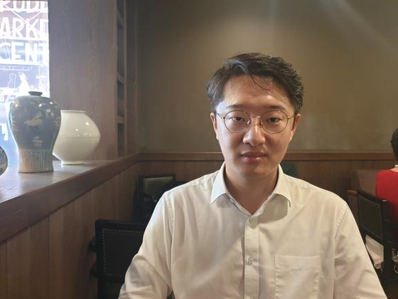 5일 오후 헌법재판소에 헌법소원심판을 청구한 박성민(34) 변호사. [독자 제공]