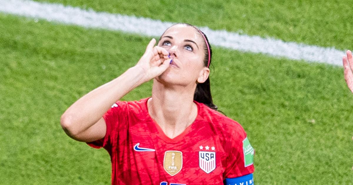 차 세리머니를 선보인 미국 여자 월드컵 축구대표팀 알렉스 모건. [신화통신=연합뉴스]
