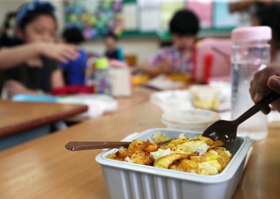정부 뭐하나···급식파업 사흘째, 학부모 분노가 극에 달했다
