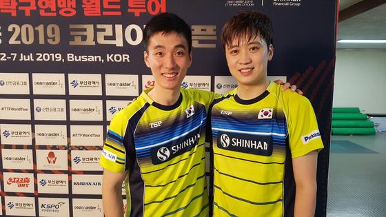 2019 코리아오픈 탁구에서 준우승한 이상수(왼쪽)-정영식. 부산=김지한 기자