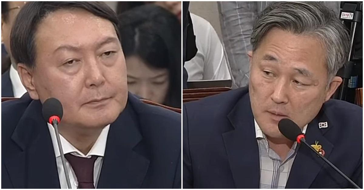 윤석열 검찰총장 후보자(왼쪽)와 표창원 더불어민주당 의원. [사진 JTBC 방송 캡처]