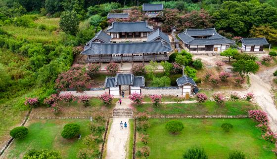 '한국의 서원' 9곳이 유네스코 세계유산에 등재됐다. 사진은 경북 안동 병산서원. 서애 류성룡을 기리는 서원으로, 1613년 건립됐다. [연합뉴스]