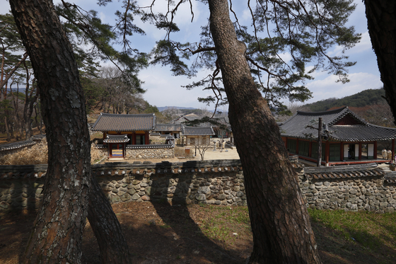 6일 유네스코 세계유산으로 등재된 소수서원(경북 영주). 1543년 한국 최초로 건립된 서원이다. 세계유산위원회는 6일 소수서원을 비롯한 9개 '한국의 서원'을 세계유산으로 등재했다. 우리나라 14번째 세계유산이다. [사진 문화재청]