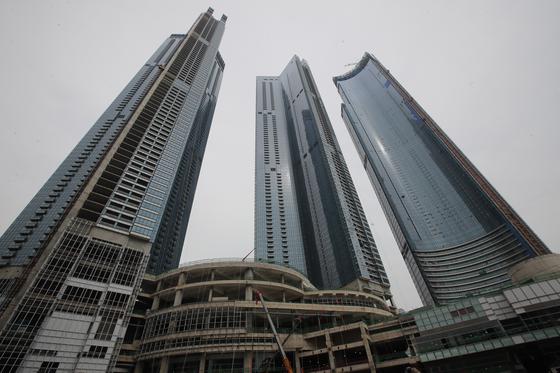 초고층 건물 지을때 필수…포스코 건설 콘크리트 압송기술 국산화