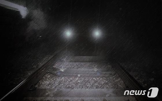 경기 의왕역 선로변에서 신원미상 남성 1명이 열차에 치여 숨지는 사고가 발생했다. [뉴스1]