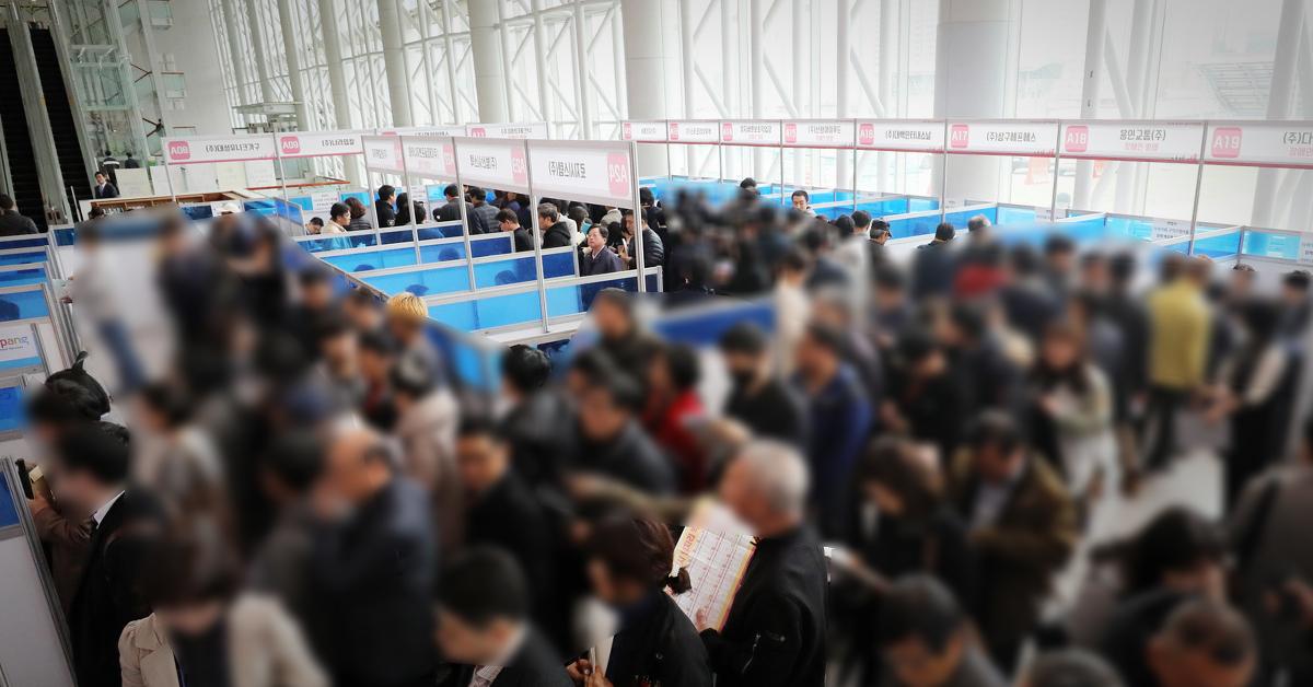 [속보] 6월 취업자 28만1000명 증가…'경제허리' 30~40대 감소