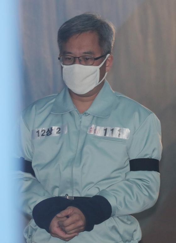 드루킹 김동원 씨가 지난 1월 오전 서울 서초구 서울중앙지법에서 열린 1심 선고공판에 출석하고 있다. 김경록 기자