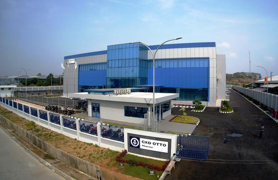 인도네시아 치카랑 산업단지에 세워진 종근당의 현지 합작법인 CKD-OTTO 항암제 공장. [사진 종근당]
