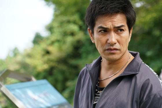 영화 '양의 나무'에 출연한 배우 키타무라 카즈키. 독립군의 활약을 그린 영화 '봉오동 전투'에서 잔혹한 일본군 토벌대 대장 역을 맡았다.