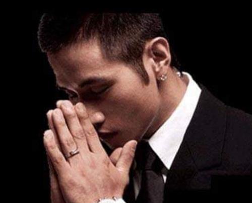 군 입대를 앞두고 돌연 한국 국적을 포기했던 가수 유승준씨에게 정부가 비자발급을 거부하며 입국을 제한한 것은 위법하다는 대법원의 판결이 나왔다. [사진 유승준 페이스북]