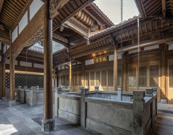 푸저우의 17세기 건물을 옮겨온 난슈팡. 중국 문화를 감상할 수 있는 공간이다. [사진 아만양윤 리조트]