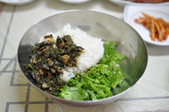 주왕산에서 맛 볼 수 있는 골부리조림. 가격은 1만1000~1만3000원. 골부리국은 8000~1만원 정도다. [사진 국립공원공단]