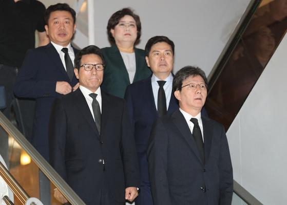 조문하러 온 바른미래당 이혜훈(오른쪽 맨 위, 이후 시계방향으로), 지상욱, 유승민, 정병국 의원 등