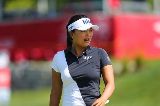 18일 열린 LPGA 투어 다우 그레이트 레이크스 베이 인비테이셔널 첫날 이민지와 짝을 이뤄 공동 3위로 시작한 고진영. [AFP=연합뉴스]