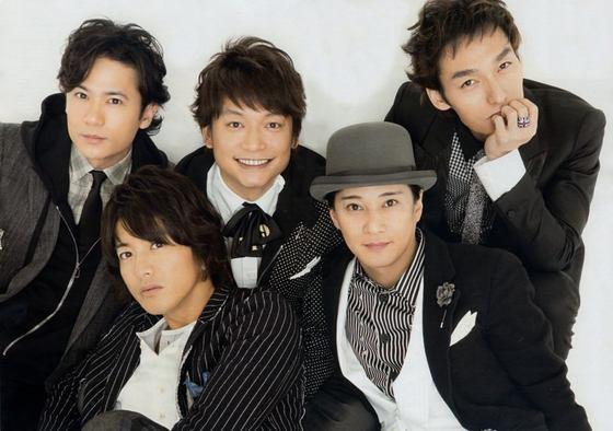 2016년 해체한 일본 국민남성그룹 '스맙'의 멤버들. 이들 중 이나가키 고로, 쿠사나기 츠요시, 카토리 싱고 등 세 명은 전 소속사 쟈니스로부터 방송활동 방해를 받은 것으로 알려졌다. [중앙포토]