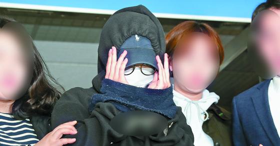 '홍대 누드모델 몰카 사건' 피의자 안모씨(23) [뉴스1]