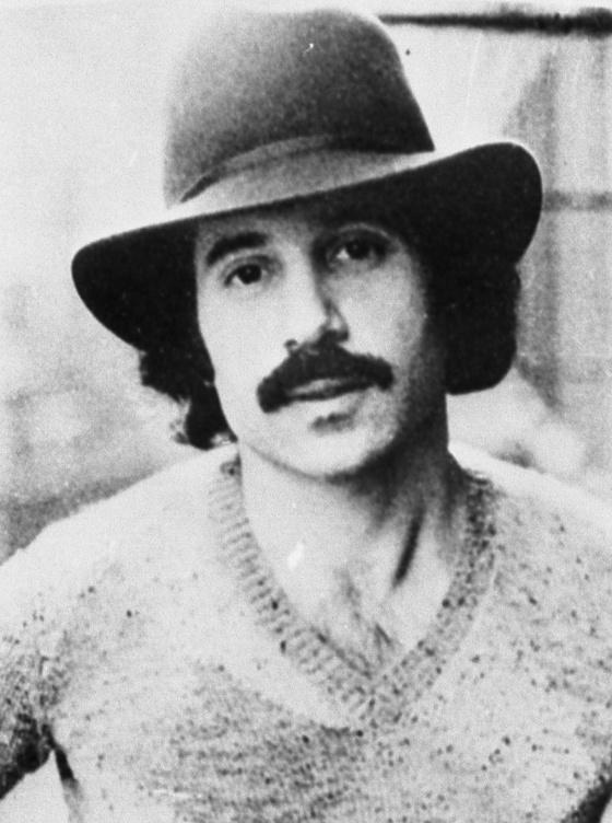 폴 사이먼은 '사이먼 앤드 가펑클'의 멤버로, 팀 해체 후엔 솔로 가수로 활동하며 큰 인기를 끈 미국의 싱어송라이터다. 그는 아프리카 색채를 녹여낸 음반을 내기도 했다. [중앙포토]