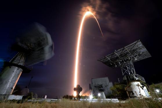 '소유즈 MS-13' 우주선을 실은 로켓이 지난 20일 카자흐스탄 바이코누르 우주기지에서 발사됐다.[AP=연합뉴스]