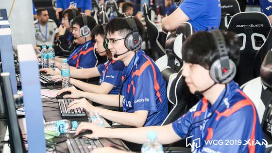 지난 18일부터 21일까지 중국 시안에서 열린 WCG 2019 e스포츠 대회에 참가 중인 선수들 [사진 스마일게이트]