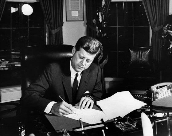 존 F 케네디의 모습. [사진 JFK 대통령 도서관]]