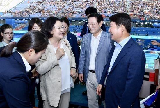 [김정숙여사, 이용섭시장, 권영진시장]