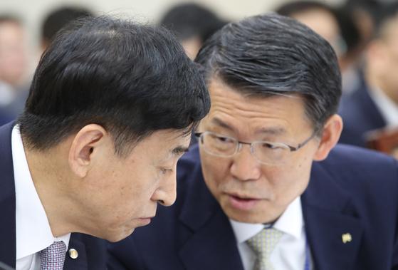 """이주열 """"일본 규제 악영향 커지면 성장률·금리 더 낮출 것"""""""