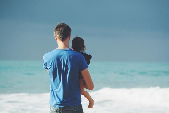 아내의 외도로 이혼을 앞두고 아이 양육 문제로 갈등 중입니다. 사실 제 아들은 제가 아닌, 다른 사람의 정자를 사용해 인공 수정으로 출산했습니다. 제가 생물학적 아버지가 아니더라도 아들을 양육할 수 있다고 생각하는데, 아내는 아이를 주지 못하겠답니다. [사진 pixabay]