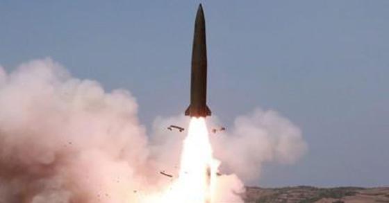 북한이 지난 5월 4일 발사한 '북한판 이스칸데르' 미사일로 추정되는 발사체. [연합뉴스]