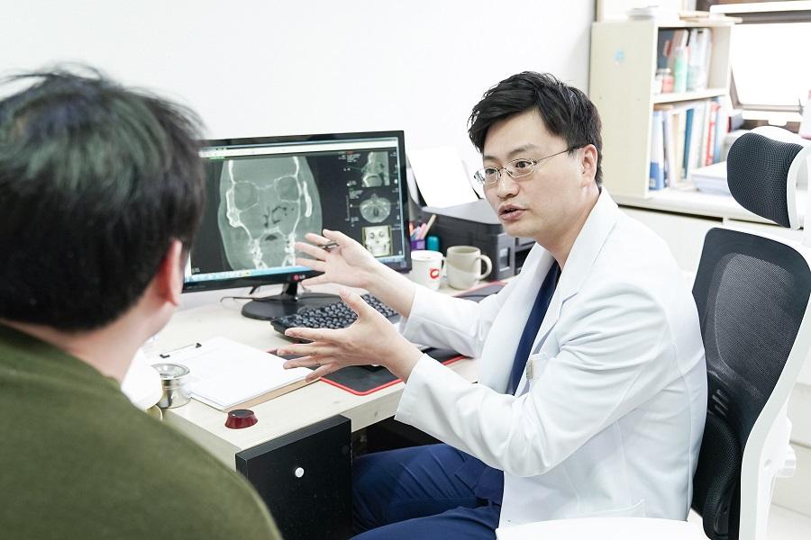 ▲ 삼성드림이비인후과 노원점 김창효 원장