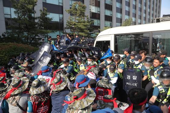 지난 5월 서울에서 열린 집회 모습. [연합뉴스]