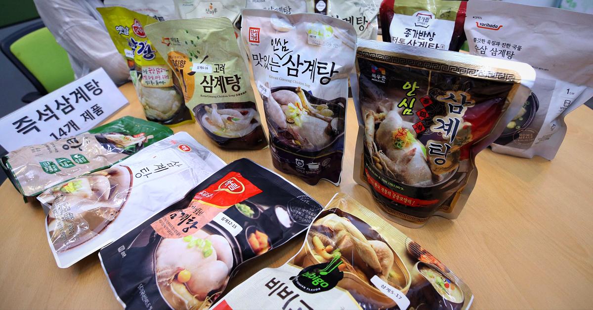 한국소비자원은 즉석 삼계탕 14개 제품을 조사한 결과 단백질은 풍부하나 나트륨 함량이 높아 저감 조치가 필요하다고 25일 밝혔다. [연합뉴스]