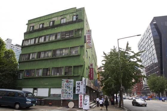서울 서대문구 충정로의 충정아파트. 조용철 기자