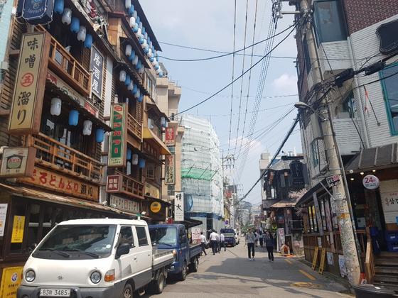 5일 일본 불매운동이 한창인 가운데 서울 마포구 합정역 인근 '재팬타운' 거리는 한산한 분위기였다. 박사라 기자.
