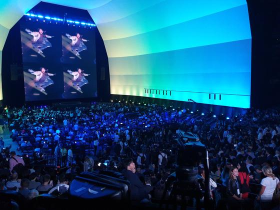 7일(현지시간) 미국 뉴욕 브루클린의 바클레이스 센터에서 열린 '갤럭시 언팩 2019'. 이날 행사에선 '갤럭시 노트10'이 최초 공개됐다. 뉴욕=김정민 기자