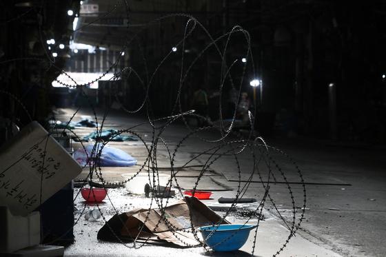 9일 서울 동작구 구 노량진수산시장이 10차 명도집행이 완료된 후 적막한 모습을 보이고 있다. [뉴스1]