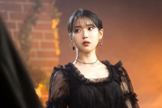 이지은 주연의 드라마 '호텔 델루나'. [사진 tvN]