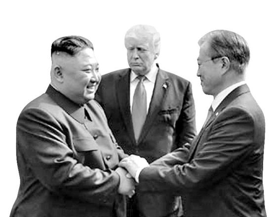 문재인 대통령과 김정은 북한 국무위원장은 지난해 세 차례의 남북정상회담을 하고 한반도의 미래를 협의했다. 지난해 5월 26일엔 싱가포르 북미 정상회담(6월 12일)을 앞두고 깜짝 정상회담도 했다. 그러나 올해 김 위원장은 문 대통령을 철저히 배제하고 있다. 지난 6월 30일 도널드 트럼프 미국 대통령의 판문점 방문때 이곳을 찾은 김 위원장이 문대통령과 인사를 나누고 있다. [사진 뉴시스]