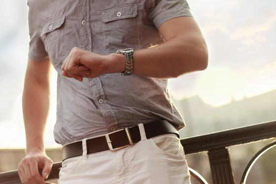 남자에게 시계는 빼놓을 수 없는 액세서리이다. 자신의 패션 스타일에 맞춰 합리적인 가격대의 시계를 고르기 위해서는 3가지 포인트를 기억해 두면 좋다. [사진 pxhere]