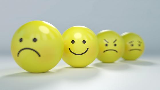 미국 여론조사기관 갤럽연구소에 따르면 인간이 행복하게 살기 위해서는 일,인간관계,돈,건강,공동체적 행복 등 다섯 가지가 충족돼야 한다고 한다. [사진 pixabay]