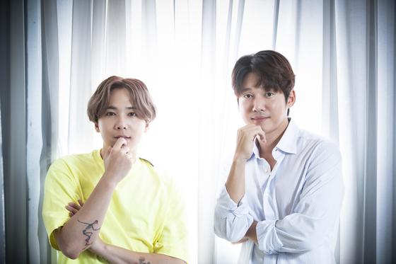 왼쪽부터 이홍기와 송창의. 초연을 앞둔 뮤지컬 '사랑했어요' 주연을 맡았다. 권혁재 사진전문기자