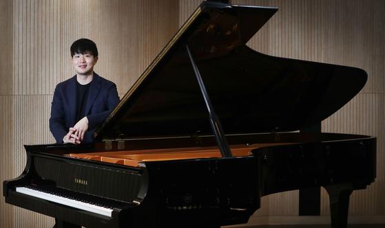 2017년 반클라이번 콩쿠르 우승자인 피아니스트 선우예권. [중앙포토]