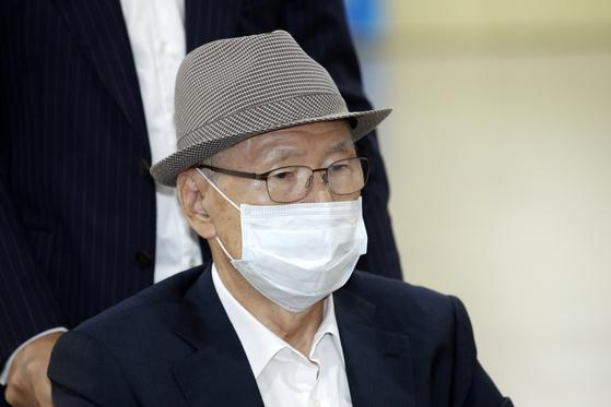 특정범죄가중처벌법상 뇌물방조 혐의로 기소된 김백준 전 청와대 총무기획관. [뉴스1]
