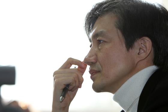 서울대 교수이던 2011년의 조국 법무부 장관 후보자. [중앙포토]