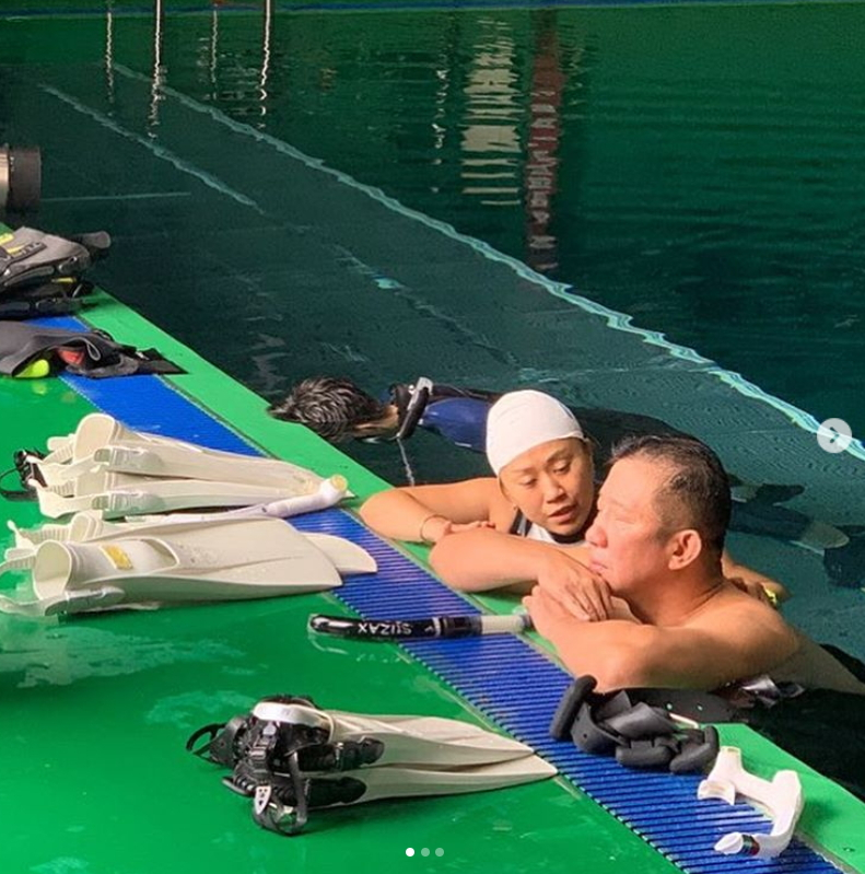 김병현이 자신의 인스타그램에 허재 감독 옆에서 머리 박고 반성하는 중이란 농담 글을 남겼다. [사진 김병현 인스타그램]