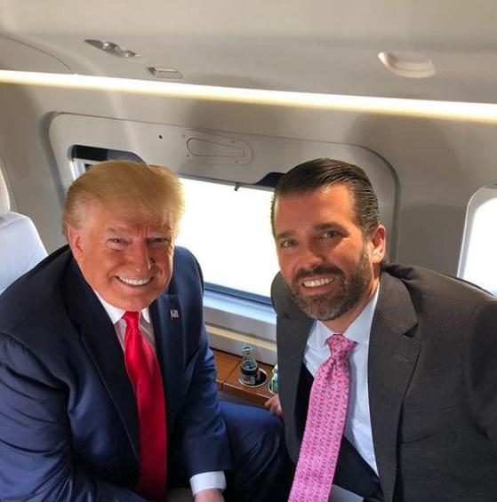 도널드 트럼프 미국 대통령(왼쪽)과 장남 도널드 트럼프 주니어. [도널드 트럼프 주니어 인스타그램]